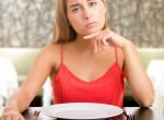 Fogyhatunk, ha éhesen fekszünk le aludni? A szakértők válaszolnak