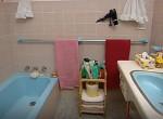 Fillérekből újították fel a fürdőt: Hihetetlen lett a végeredmény - Fotók