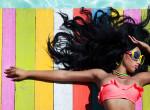 Ezzel versengenek most a nők: Bizarr trend hódít a strandokon - Fotók