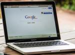Most megnézheted, milyen információkat gyűjtött rólad a Google
