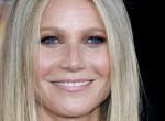 Smink nélkül, pólóban is csodaszép a 47 éves Gwyneth Paltrow - Fotó