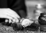 Gyász: 48 évesen, váratlanul elhunyt a magyar író