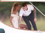 Kulisszatitkok: Ilyen ruhában állt oltár elé Justin Bieber és felesége