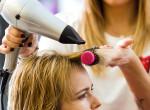 Vékony szálú és lapos a hajad? Ezzel a frizurával neked is dúsabb lehet
