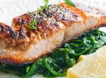 Íme, egy különleges ebéd vasárnapra: Sült hal, spenóttal rétegezve