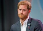 Különös családi titok: Harry herceg ezért nem veszi le soha a karkötőit