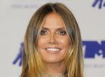 Autogramjával buktatta le magát: Nevet változtatott Heidi Klum