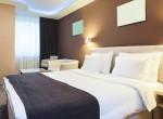 Rémálommá vált a nyaralás: a két barátnő ijesztő dolgot szúrt ki a hotelszobában
