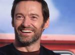 Hugh Jackman teljesen levetkőzött, csak a csizma maradt – Videó