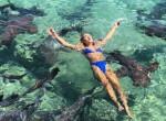 Éppen szelfizett a Bahamákon a modell, amikor megharapta egy cápa