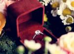 Megkérte barátnője kezét a férfi, felrobbant az internet a jegygyűrű miatt