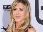 Jennifer Aniston cicivillantós fotóval mutatta meg, 49 évesen is tökéletes