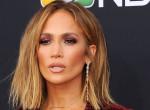 Akár egy profi! Jennifer Lopez így pörög a rúdon - Videó