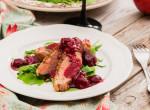 Különleges pasifogó vacsora: Kacsamell málnás vörösboros mártásban