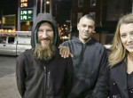 Elképesztő történet! Egy hajléktalant kihasználva szerzett több mint 100 millió forintot egy pár
