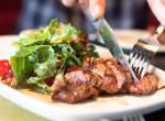 A magyaros ízek rajongói imádni fogják: Karaj hentes módra