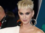 Régi riválisa ajándékot küldött Katy Perry kislányának