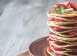 Diétás csoda reggelire - Szuperkrémes emeletes epres palacsinta