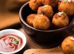 Sajtos rántott krumpligombóc: Egy isteni és laktató pénztárcabarát ebéd fillérekből