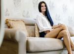 Milyen lábtartással szoktál ülni? Meglepődnél, mit árul el rólad