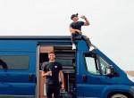 Lakókocsival járta be az országot a két fiatal magyar sportoló
