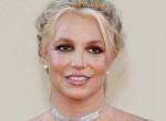Britney Spears szexinek szánt fehérneműs fotóin inkább egy emberi roncsra emlékeztet