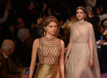 Istennőkként tündököltek a modellek, tarolt a Dior a párizsi divathéten
