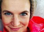 Elárulta: Ezért vetkőzött anyaszült meztelenre a magyar színésznő