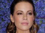 Ilyet még nem láttál: Ennyire hajlékony a gumilábú Kate Beckinsale