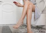 Kiderült: Ezért nem ajánlatos a vécén mobiloznod