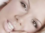 Falatnyi bikiniben is lélegzetelállító Pirner Alma - Fotók