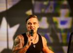 Robbie Williams vallott: Ezért irtózik az okostelefonoktól