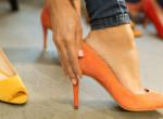 Végleg vége a magassarkúk viselésének? Egyre kevésbé hordják a nők