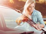 Ha nálad is családtag: Így takarítsd az autód profi módon, hogy kívül-belül csillogjon!