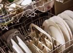 Nyolc eszköz, amit tilos lenne a mosogatógépbe rakni, mégis megtesszük