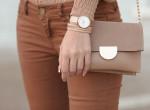 Mindenkit felháborít az új trend: Meztelen nadrág borzolja a kedélyeket
