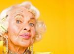 A divatmárkák is imádják: 90 éves nagymama az internet sztárja