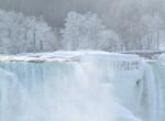 Lenyűgöző képeken a befagyott Niagara-vízesés – Galéria