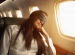 9 tipp, hogy alhass egy jót a repülőn