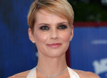 Két év után ismét szingli - szakított párjával a magyar színésznő