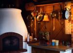 Pihenj télen is akár a mesékben, mézeskalács házikókban!