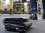 Pénztárcát talált a hajléktalan, szívszorító, mit kezdett a benne lévő pénzzel