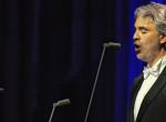 Nézd meg Andrea Bocelli tengerparti villáját – Maga az olasz álom!