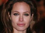 Felháborító döntést hozott Angelina Jolie - Brad számára már nincs remény