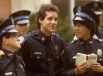 Titokban elvette 20 évvel fiatalabb párját a Rendőrakadémia sztárja! Fotók