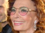 Mi történt Sophia Lorennel? Kerekesszékben és smink nélkül fotózták