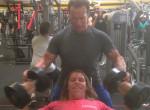 Még az apját is lekörözi: Schwarzenegger fia terminátorrá gyúrta magát