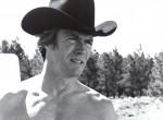 90 éves lett - ez a 25 éves lány Clint Eastwood barátnője! - Fotó