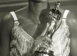 Kiborult az Oscar-díjas színésznő, amiért kopaszra retusálták címlapfotóján
