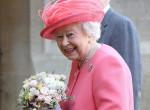 Hihetetlen álruhában ment babanézőbe Erzsébet királynő! Így lopakodott